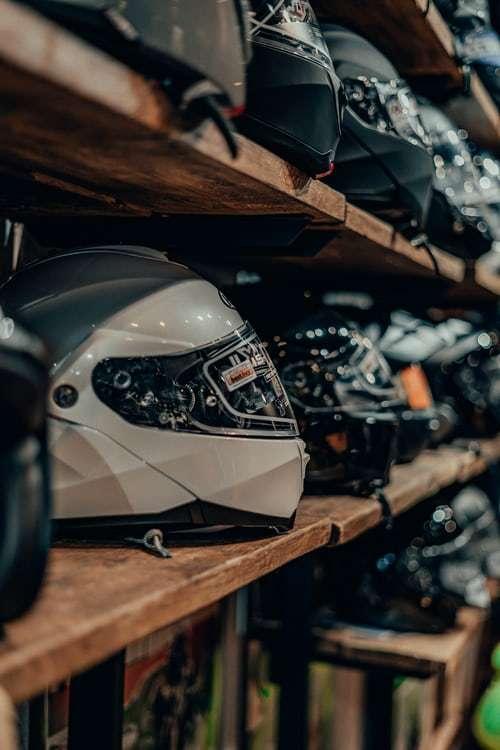 Nieuwe motorhelm kopen tips